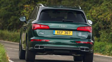 Audi Q5 55 TFSI e - rear cornering