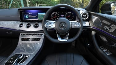 Mercedes CLS 350 d - dash