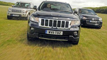 Jeep Grand Cherokee vs Land Rover Discovery vs Volkswagen Touareg