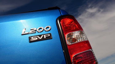 Mitsubishi L200 Barbarian SVP - SVP badge