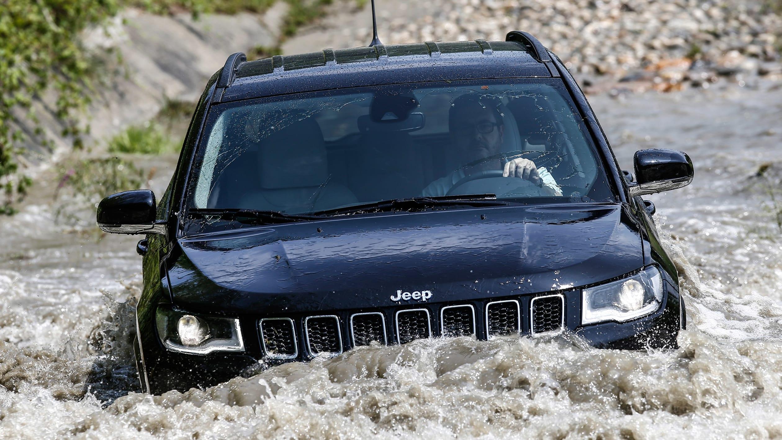 2016 - [Jeep] Compass II - Page 6 Jeep%20Compass%204xe%202020-4