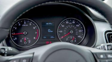 Kia Stonic UK review - dash