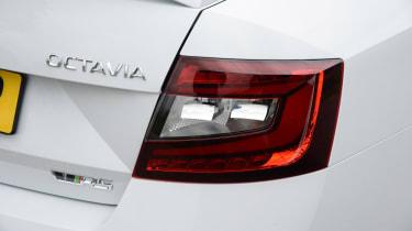 Skoda Octavia vRS 245 - rear light