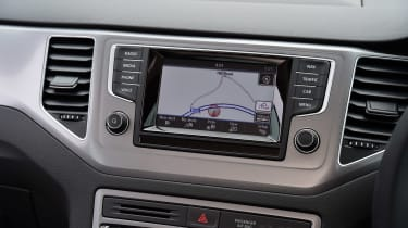 VW Golf SV BlueMotion screen