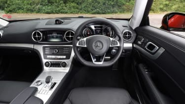 Used Mercedes SL - dash