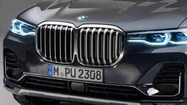 New BMW X7 studio shoot grille