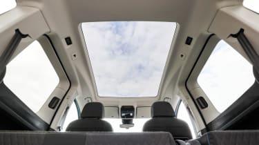 VW Caddy 2020 MPV - glass roof