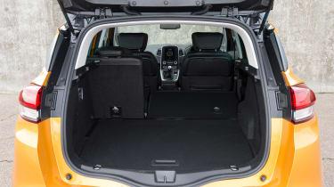 Renault Scenic - boot