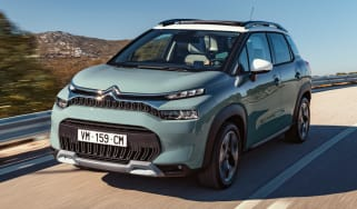 Citroen C3 Aircross - front tracking