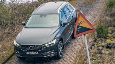 Volvo XC60 ride review - hill
