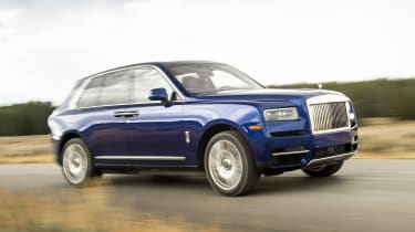 Rolls-Royce Cullinan - front action