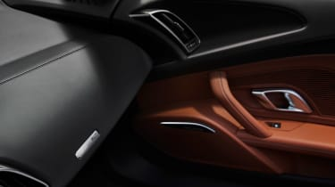 Audi R8 Performance RWD - RWD badge