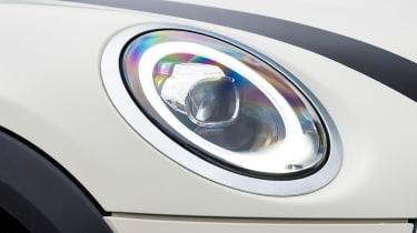 mini cooper classic 5-door headlight