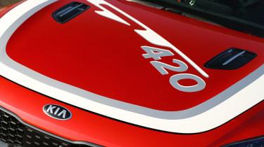 Kia Stinger GT420 - bonnet