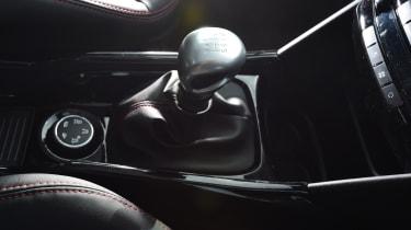 Peugeot 2008 - transmission