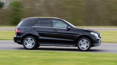 Mercedes GLE 350d - side