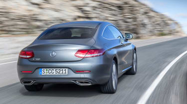 Mercedes C300 Coupe - rear panning