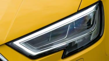 Audi A3 Cabriolet - front light