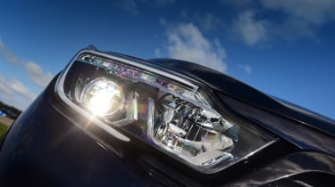 SsangYong Musso - headlight