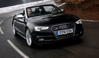 Audi S5 Cabriolet front tracking