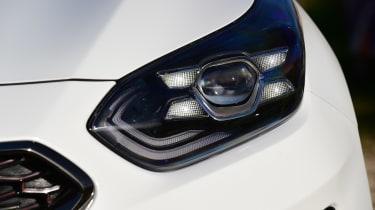 kia proceed gt prototype headlight