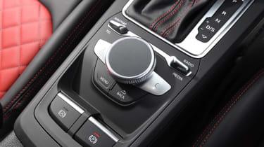 Audi SQ2 - MMI