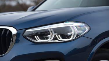 BMW X3 - headlight