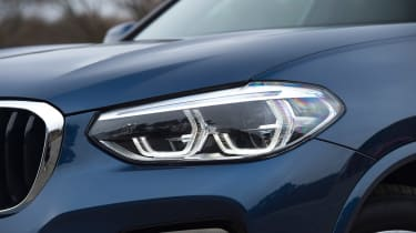 BMW X3 - headlight