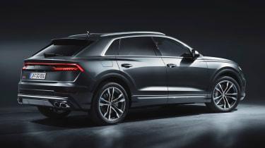 Audi SQ8 - studio rear