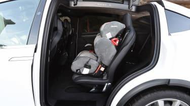 Tesla Model X - child seat
