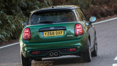 MINI Cooper S 60 Years Edition - rear cornering