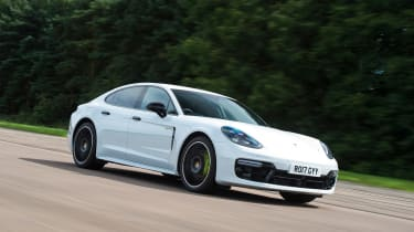 Porsche Panamera 4 E-Hybrid - front action