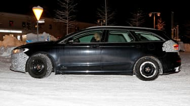 Ford Mondeo Hybrid Estate - spy side