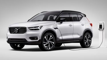 Volvo XC40 T5 plug-in hybrid - front
