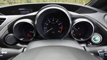 Honda Civic Sport 1.4 - dials