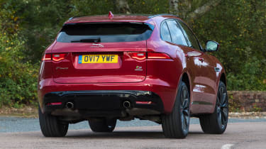 Jaguar F-Pace - rear cornering