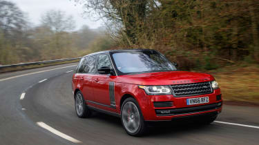 Range Rover SVAutobiography Dynamic 2017 - front cornering 4