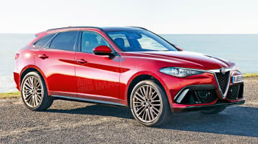 Alfa Romeo large SUV front - exclusive images