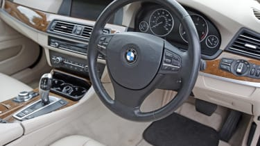 Used BMW 5 Series - dash