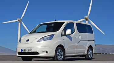 Nissan e-NV200 - front static