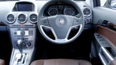 Vauxhall Antara CDTi SE Auto dashboard