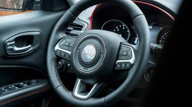 Jeep Compass Trailhawk - steering wheel