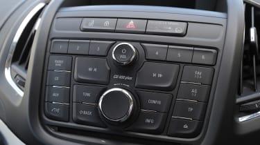 Used Vauxhall Zafira Tourer - centre console