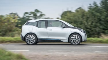 BMW i3 REx 94AH - new side tracking