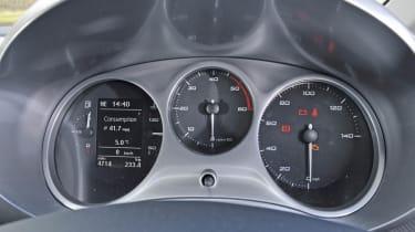 SEAT Leon Ecomotive dials