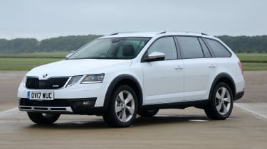 Skoda Octavia Scout review - front static
