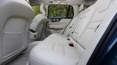Volvo V60 - rear seats