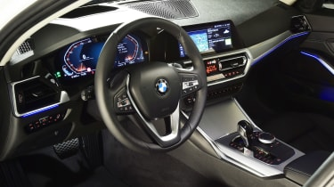 BMW 3 Series - studio dash