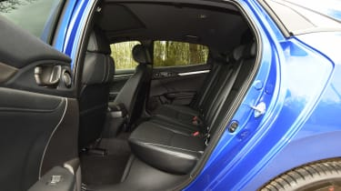 Honda Civic 1.5 - rear seats