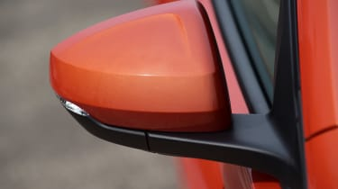 Volkswagen Polo - wing mirror